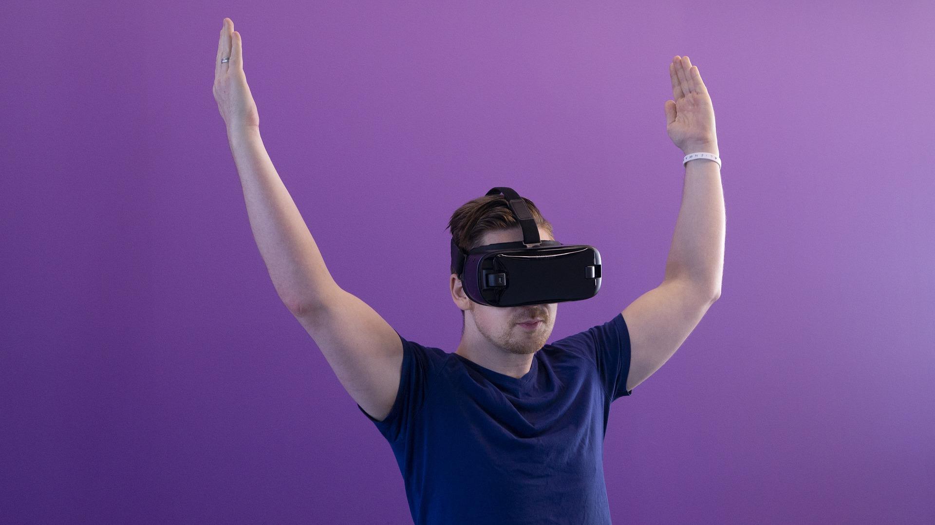 xR(AR、MR、VR)